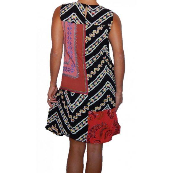 Desigual mintá ujjatlan női ruha Vest Creta
